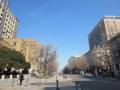 横浜 日本大通り近く